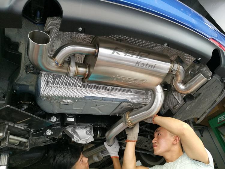 成都17款宝马320排气改装HSR阀门排气高清图片